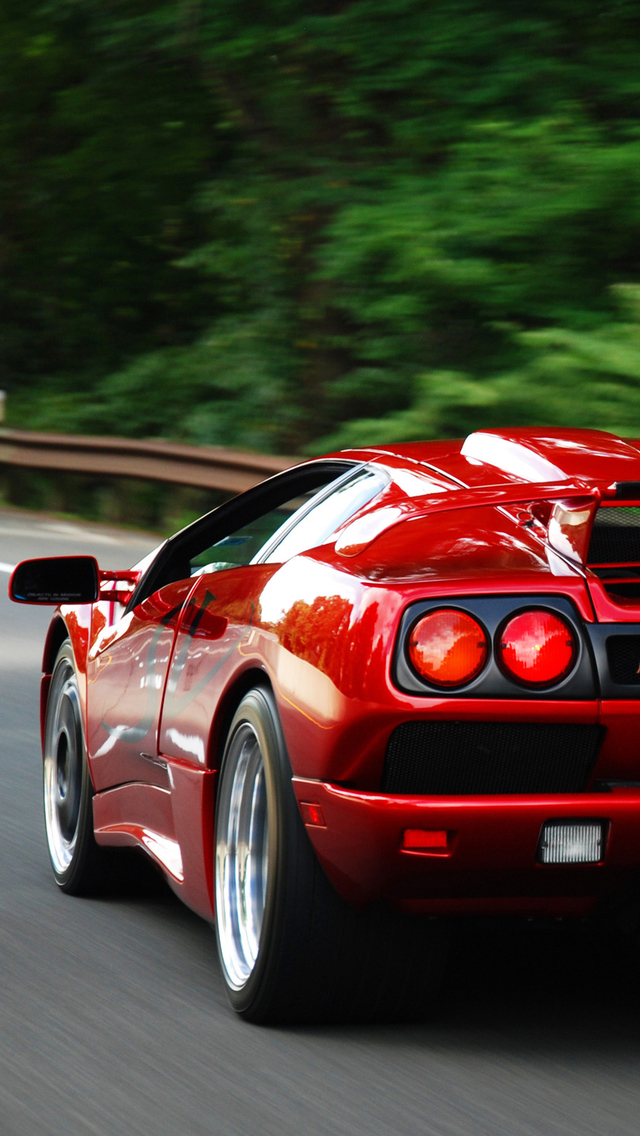 Attirant HD Sports Cars Wallpapers For IPhone 5 Red