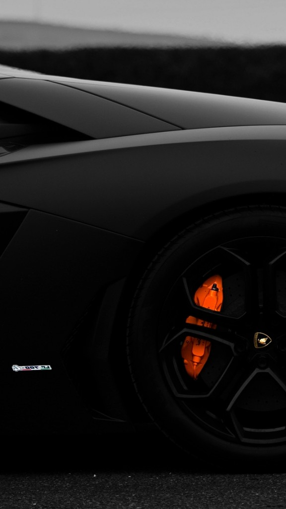 HD Sports cars Wallpapers for iPhone 5-Aventador Wheel
