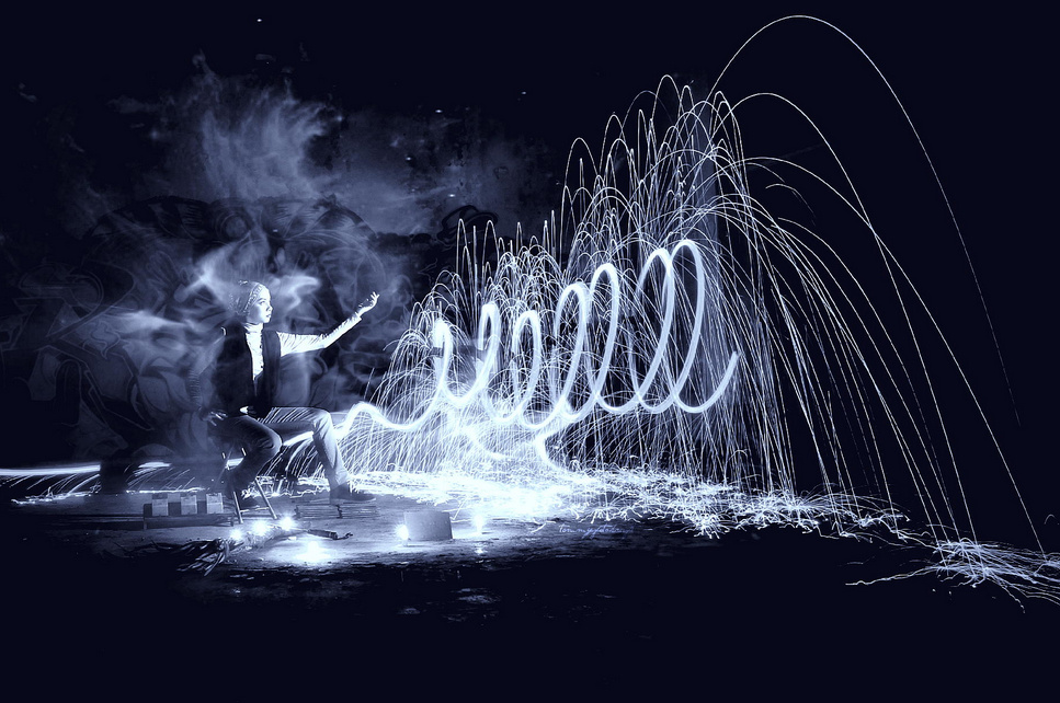 touch the light - Light Painting Photography